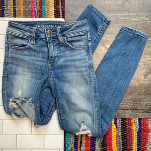 AEO Short Distressed 'Jegging' Skinny Jeans